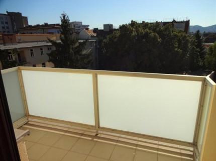 sonnige Garconniere in ruhiger Innenhoflage mit Balkon